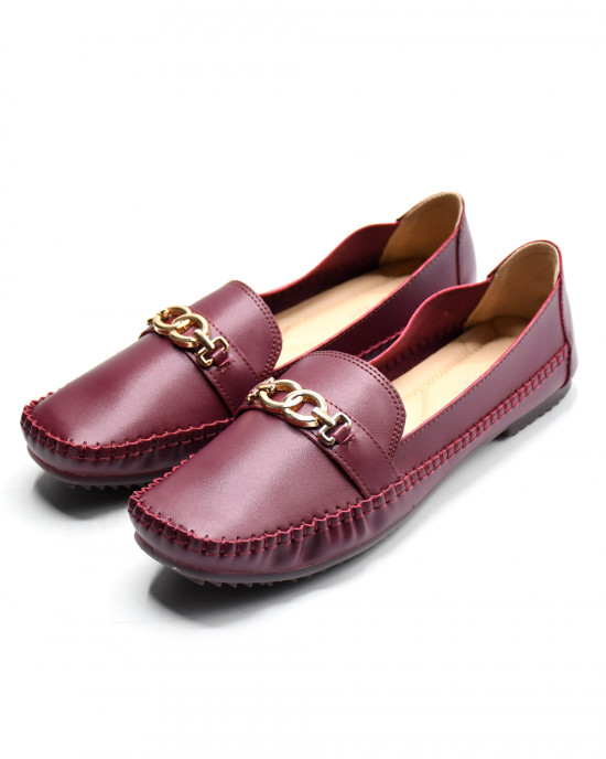 Overlapped Circle Embellished Flat Loafers